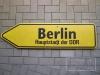 Wegweiser Berlin Hauptstadt der DDR